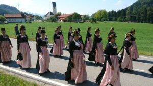 Trachtenfrauen - GTEV Alpenrose Nußdorf am Inn